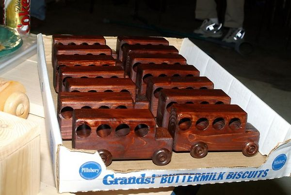 "<font size=""3"">A fleet of cars </font><br>Return to <a href=""http://www.omahawoodworkers.com/"">Woodworkers Guild</a><br>"