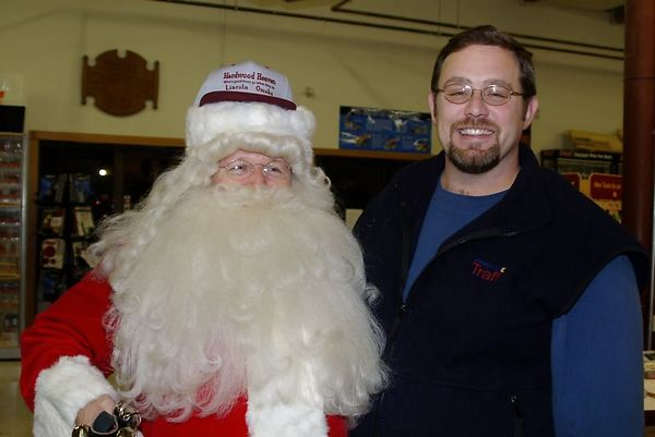 "<font size=""3"">Santa with out host </font><br>Return to <a href=""http://www.omahawoodworkers.com/"">Woodworkers Guild</a><br>"