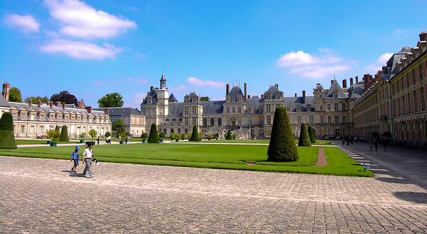 France - Fontainebleau - Versailles