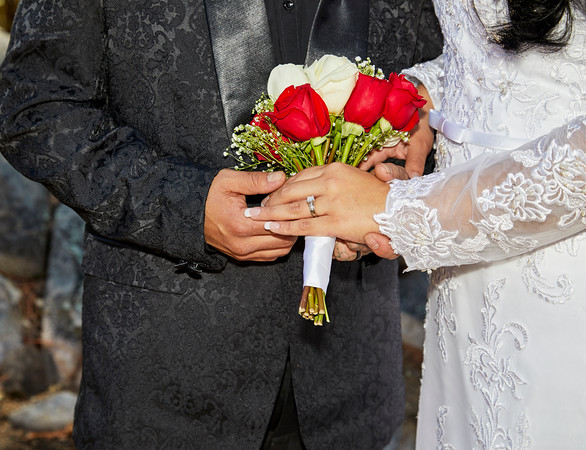 Wedding Ring with Bouquet