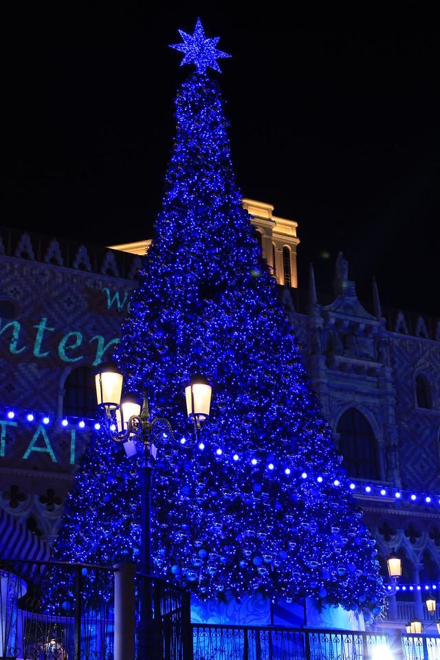 Christmas Tree, The Venetian Casino and Hotel, Macao