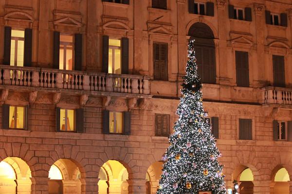 Italy, Verona, Piazza Bra Italy, Verona