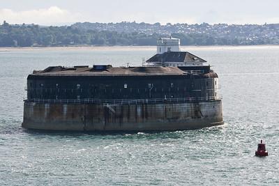 IMG_4890 Leaving Southampton, 10 July 2010 SM