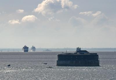 IMG_4891 Leaving Southampton, 10 July 2010 SM