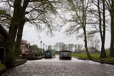 On a boat tour of Geithoorn, the Venice of Holland
