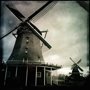 Molens and Windmills