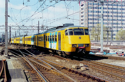 2856 at Amsterdam Central on 5th April 2003