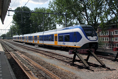 1) 2610 (uic NS NL 94 84 4951 004-9) at Rotterdam Centraal on 9th July 2011