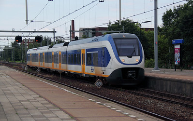 2404 (uic NS NL 94 84 4951 004-9) at Breda on 9th July 2011