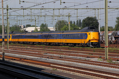 4203 at Roosendaal on 10th July 2011