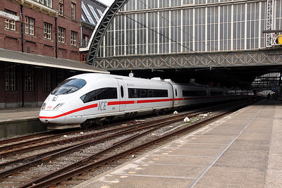 1) DB, 406 585 (93 80 5406 585-0 D-DB) at Amsterdam Central on 11th June 2012