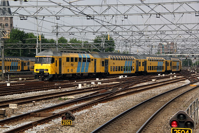 390 7710 at Amsterdam Central on 11th June 2012