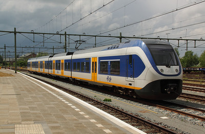 2451 (NL-NS 94 84 4951 051-0) at Roosendaal on 11th June 2012