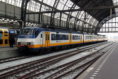 2993 at Amsterdam Central on 11th June 2012