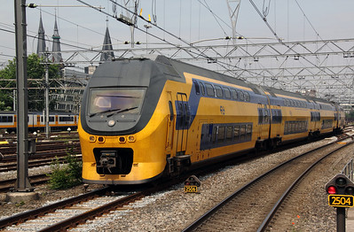 8636 at Amsterdam Central on 11th June 2012