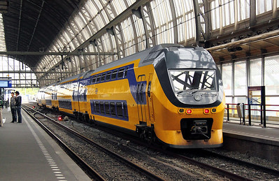 2) 9590 at Amsterdam Central on 11th June 2012