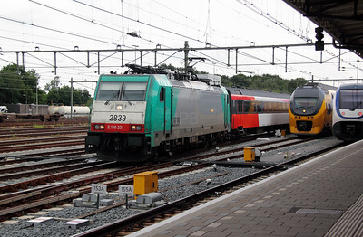 SNCB, 2839 (91 88 7186 231-7 B-B) at Roosendaal on 11th June 2012 working IC9236