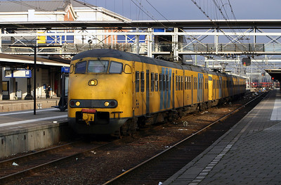 450 at Dordrecht on 8th March 2004