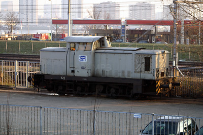 ShortLines, SL1002 at Rotterdam SL Depot on 8th March 2004
