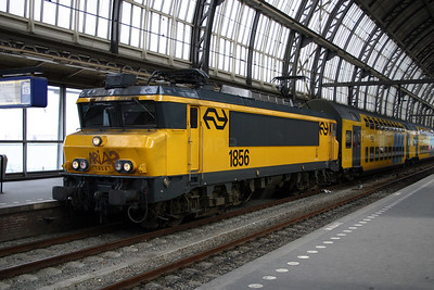 1856 at Amsterdam Central on 9th March 2004