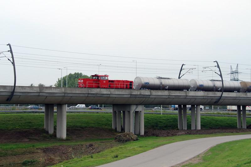 6428 (92 84 2006 428-1 NL-RN) near Waalhaven Zuid on 29th September 2014 (3)