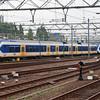 2413 (94 84 4950 013-1 NL-NS) at Den Haag Central on 29th September 2014