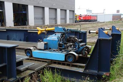 Waalhaven Zuid shunter depot on 29th September 2014 (2)
