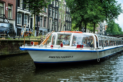 Richards___A Tour Boat in Amsterdam