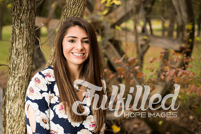 Holly Forbes Fall Senior Shoot (5)