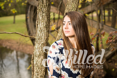 Holly Forbes Fall Senior Shoot (8)