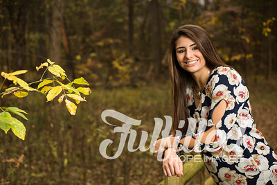 Holly Forbes Fall Senior Shoot (20)
