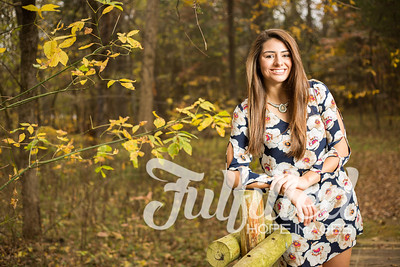 Holly Forbes Fall Senior Shoot (19)