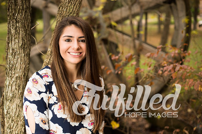 Holly Forbes Fall Senior Shoot (6)