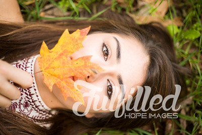 Holly Forbes Fall Senior Shoot (48)