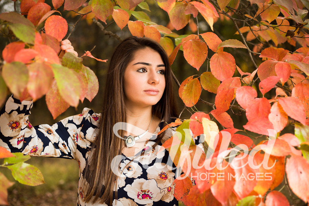 Holly Forbes Fall Senior Shoot (3)