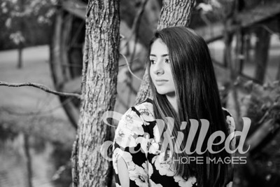 Holly Forbes Fall Senior Shoot (9)