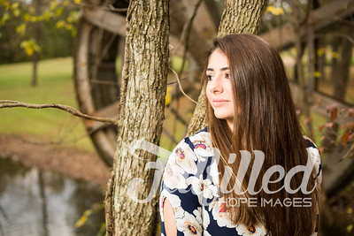 Holly Forbes Fall Senior Shoot (10)