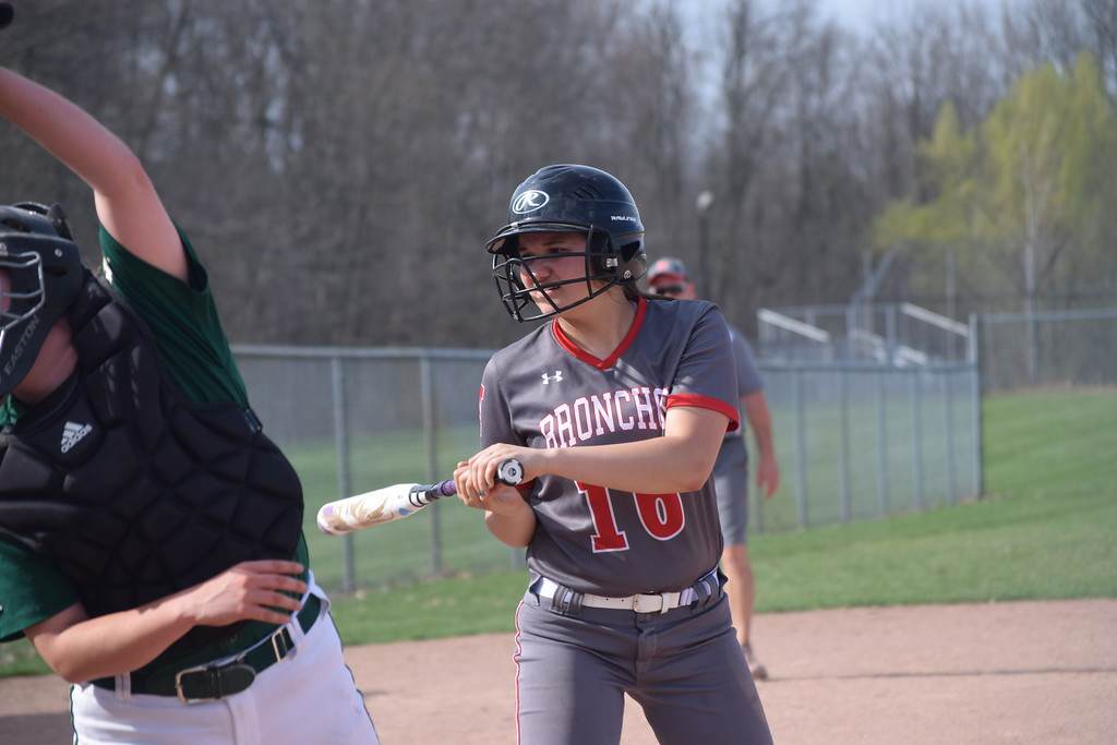 . Holly swept Pontiac Notre Dame Prep in a softball double-header on Wednesday in Holly. (Photo by Paula Pasche)
