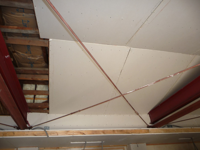 The center portion of the garage ceiling.