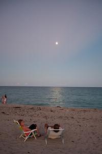 Full Moon Qigong