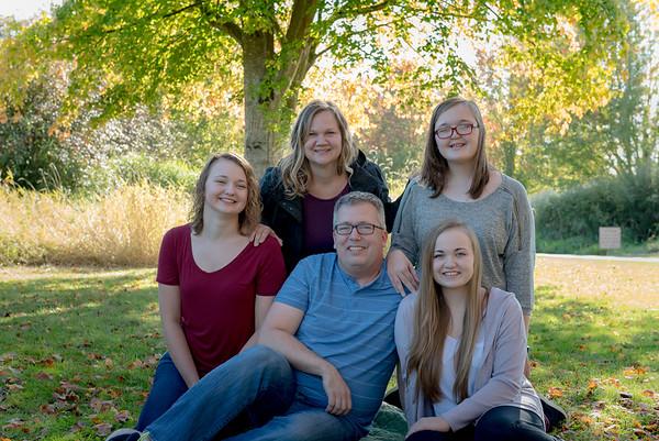 Holmes Family Mini