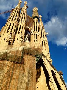 """11_Mensah_""""Sagrada Familia"""""""