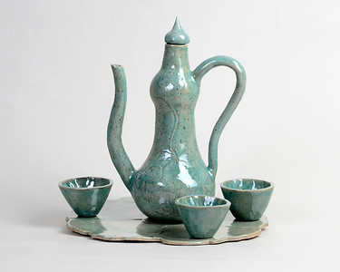1_Butler_Teapot Cups and Platter