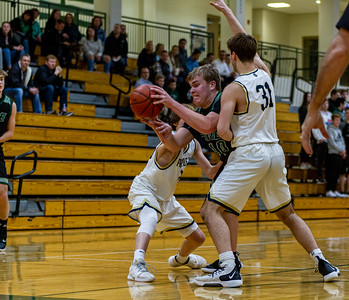 Holy Family's Seth Thompson '20 (40) vs. Providence Academy  at Section 5AA Round of 16 - Collin Nawrocki/The Phoenix