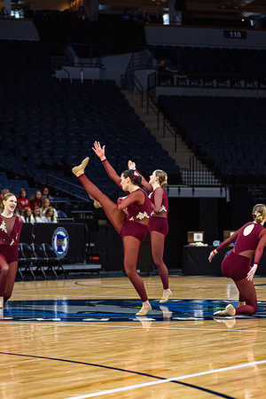 Holy Family's Kaili Palattao '20 and Ryley Covington '22 at 2020 MSHSL State Jazz Tournament Prelim - Collin Nawrocki/The Phoenix