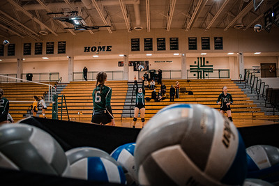 Holy Family Volleyball fell to Jordan 3-1 on Tuesday October 27, 2020 at Holy Family Catholic High School. Collin Nawrocki / The Phoenix