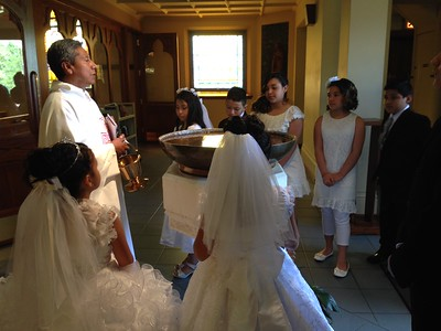 2016-05-01  1st  Communion