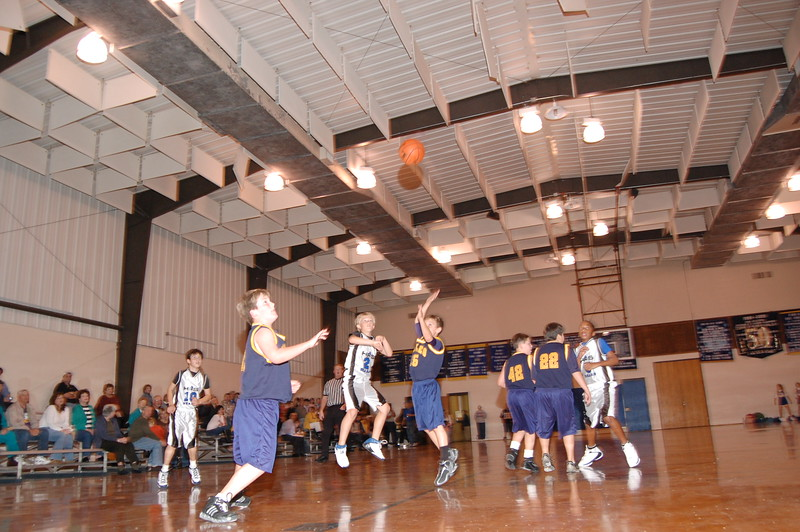 HFS  basketball 1-11-07 vs St  John 009