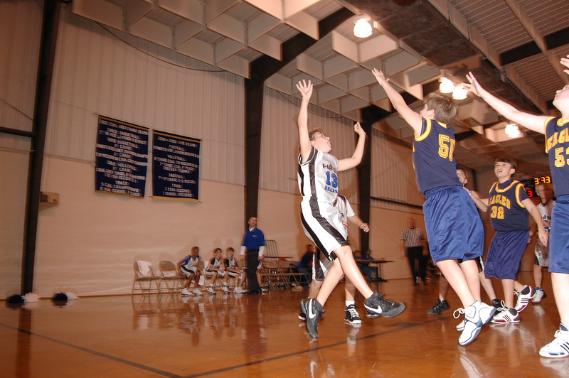 HFS  basketball 1-11-07 vs St  John 022