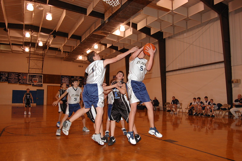 HFS  basketball 1-11-07 vs St  John 046